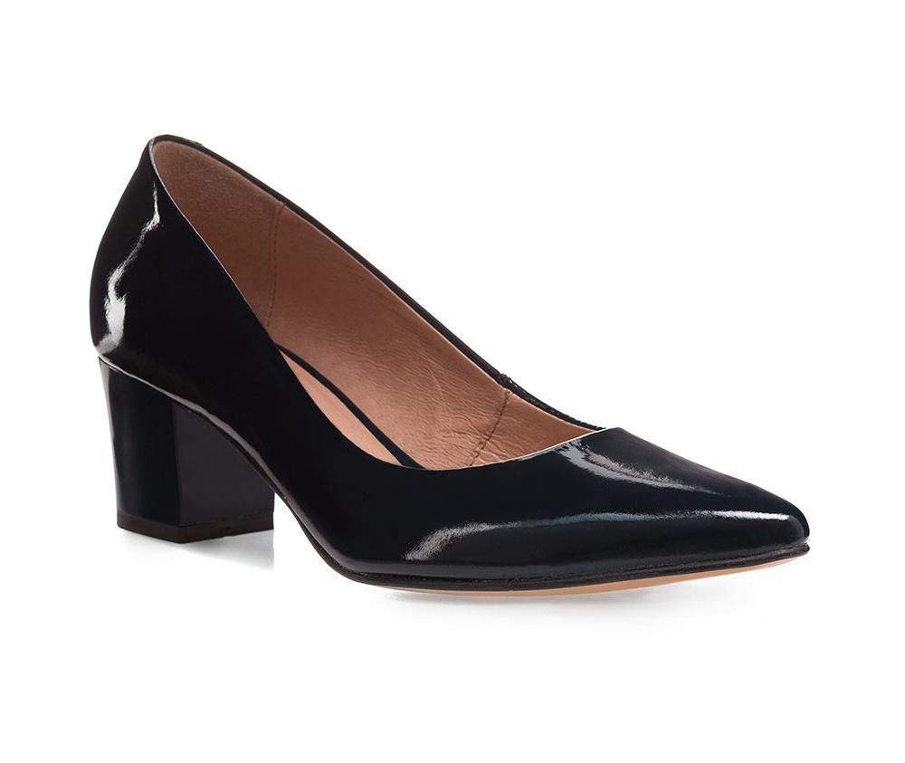 Обувь женскаяТуфли женские, изготовленные по технологии \hand made\ выполнены из натуральной итальянской кожи наивысшего качества.  Подошва полностью сделана из качественного синтетического материала. Идеальный аксессуар для элегантной стилизации.<br><br>секс: женщина<br>Цвет: синий<br>Размер EU: 39<br>материал:: Натуральная кожа<br>примерная высота каблука (см):: 6