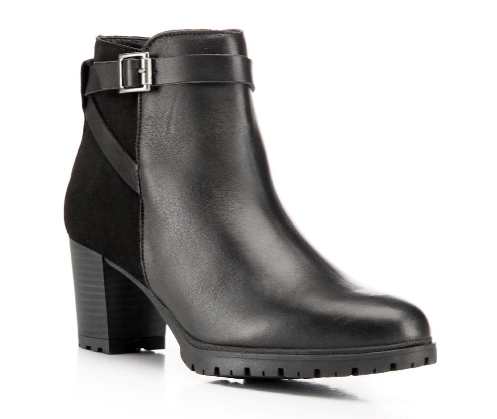 Обувь женскаяЖенские ботинки выполнены по технологии \hand made\ из лучшей итальянской кожи наивысшего качества. Подошва полностью сделана из качественного синтетического материала.<br><br>секс: женщина<br>Цвет: черный<br>Размер EU: 36<br>материал:: Натуральная кожа<br>примерная высота каблука (см):: 6,5
