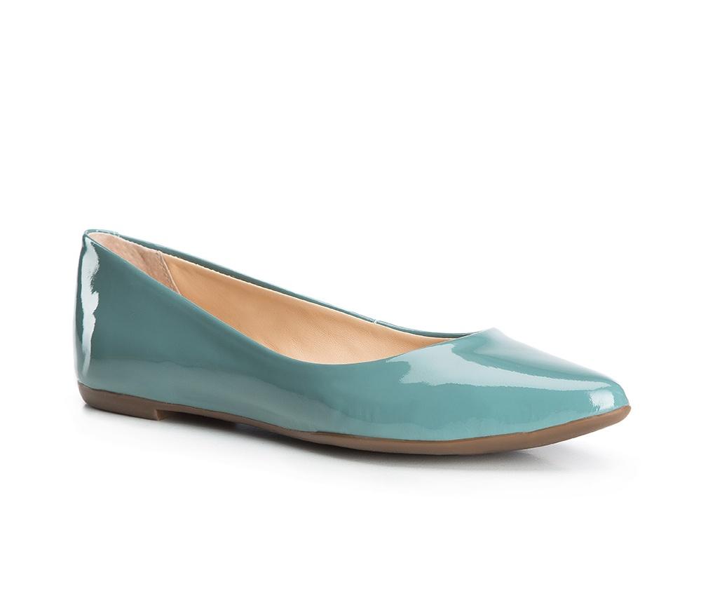 Обувь женскаяБалетки женские, изготовленные по технологии Hand Made и выполнены из натуральной итальянской кожи наивысшего качества. Подошва сделана из качественного синтетического материала. Выразительные украшения и принты, добавляют обуви элегантности которая прийдется по вкусу даже самым требовательным клиенткам.<br><br>секс: женщина<br>Цвет: синий<br>Размер EU: 39<br>материал:: Натуральная кожа