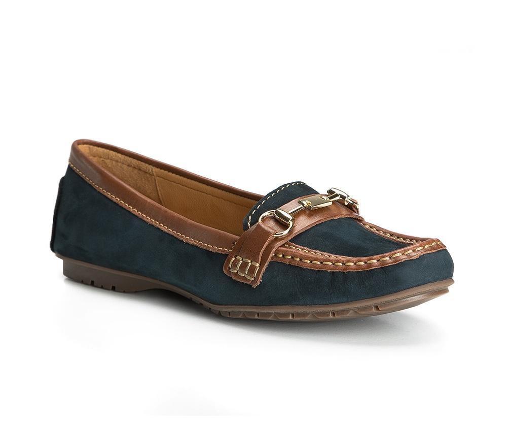 Обувь женскаяОбувь женская типа Мокасины. Изготовленные по технологии Hand Made и выполнены полностью из натуральной итальянской кожи наивысшего качества. Подошва  сделана из качественного синтетического материала. Стильный вид этой обуви придется по вкусу каждой моднице.<br><br>секс: женщина<br>Цвет: синий<br>Размер EU: 40<br>материал:: Натуральная кожа