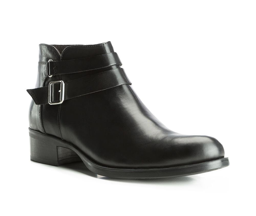 Обувь женскаяЖенские штиблеты выполненные по технологии hand made из лучшей итальянской кожи.  Подошва сделана  из синтетического материала. Модель украшена декоративными пряжками.            кожа натуральная          кожа натуральная          материал синтетический<br><br>секс: женщина<br>Цвет: черный<br>Размер EU: 37<br>материал:: Натуральная кожа<br>примерная высота каблука (см):: 3,5<br>примерная высота голенища (см): 14,5