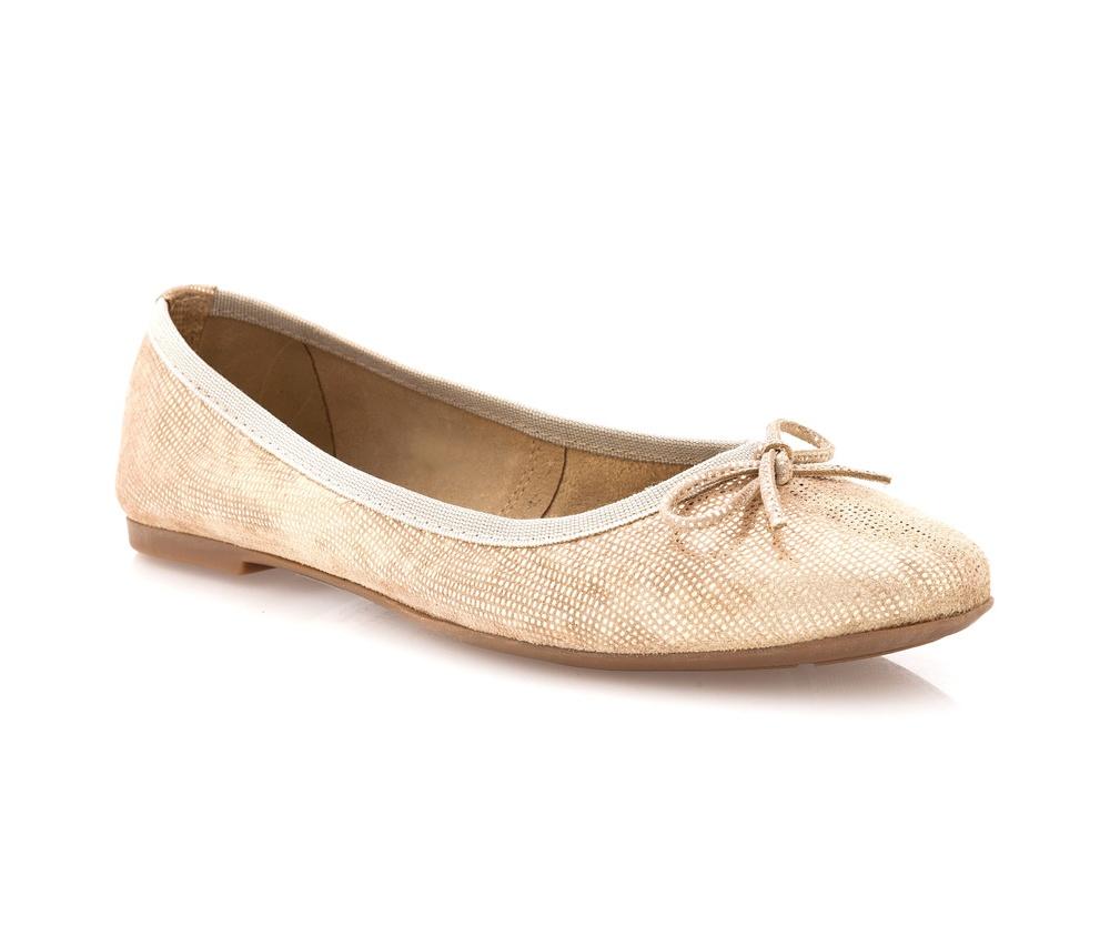 Обувь женскаяБалетки женские, изготовленные по технологии \Hand Made\ и выполнены из натуральной итальянской кожи наивысшего качества. Подошва сделана из качественного синтетического материала.<br>Выразительные украшения и принты, добавляют обуви элегантности которая прийдется по вкусу даже самым требовательным клиенткам.<br><br>секс: женщина<br>Размер EU: 36