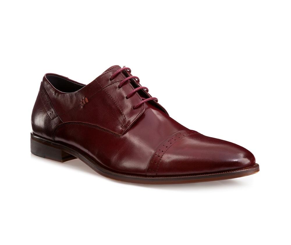 Обувь мужскаяМужские ботинки выполнены по технологии \hand made\ из лучшей итальянской кожи. Подошва полностью сделана из качественного синтетического материала.<br><br>секс: мужчина<br>Цвет: красный<br>Размер EU: 45<br>материал:: Натуральная кожа<br>примерная высота каблука (см):: 2