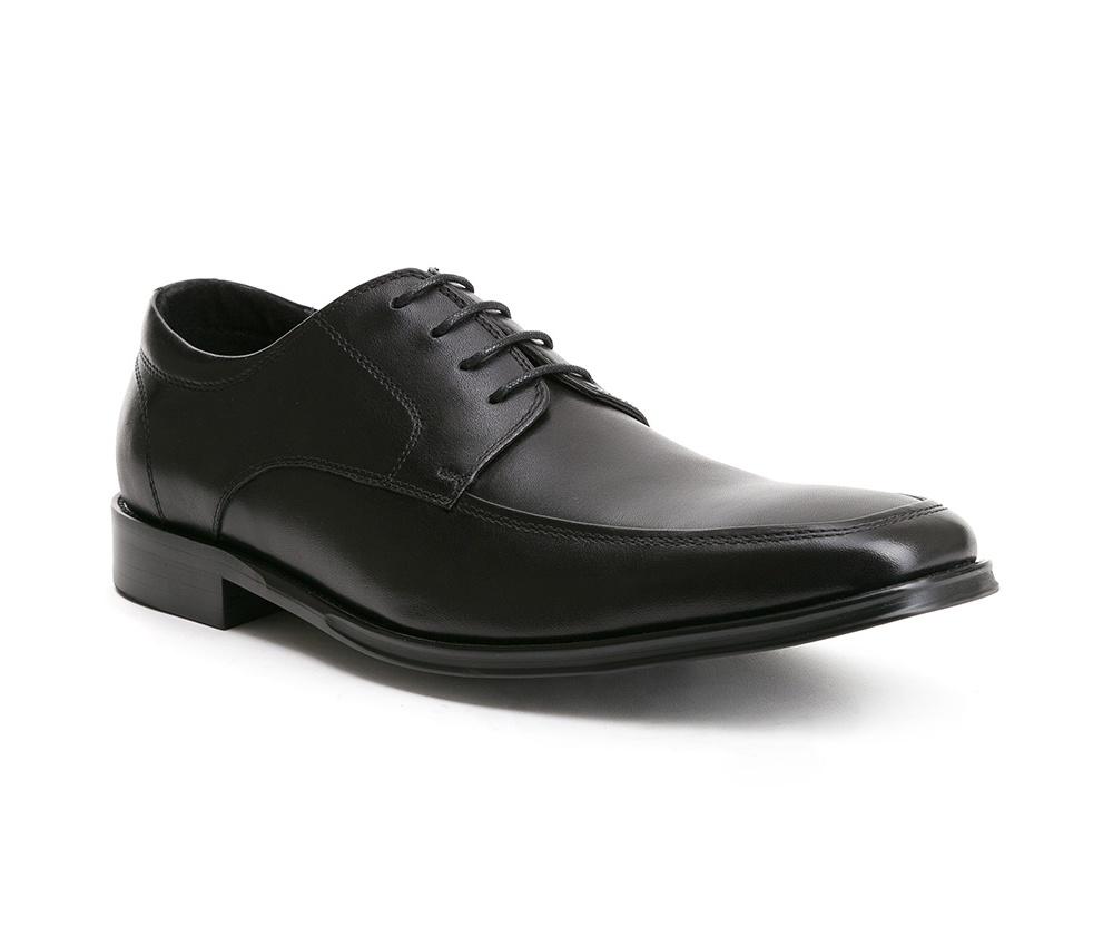 Обувь мужскаяТуфли мужские, выполнены по технологии Hand Made из натуральной итальянской кожи наивысшего качества.  Подошва сделана из качественного синтетического материала. Классическая модель идеально подчеркнет элегантный  образ. натуральная кожа  натуральная кожа синтетический материал<br><br>секс: мужчина<br>Цвет: черный<br>Размер EU: 39<br>материал:: Натуральная кожа<br>примерная высота каблука (см):: 3