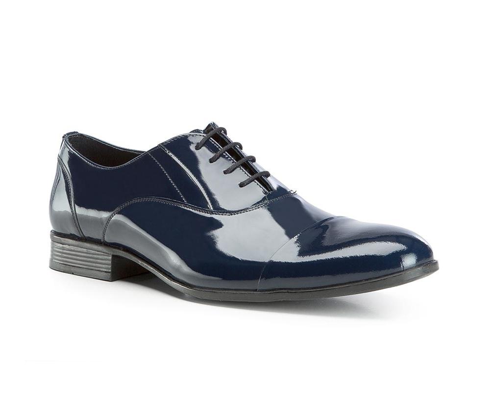 Обувь мужскаяТуфли мужские. Изготовленные по технологии Hand Madeи выполнены полностью из натуральной итальянской кожи наивысшего качества. Подошва  сделана из качественного синтетического материала. Идеальная модель для современного мужчины.<br><br>секс: мужчина<br>Цвет: синий<br>Размер EU: 42<br>материал:: Натуральная кожа<br>примерная высота каблука (см):: 2,5