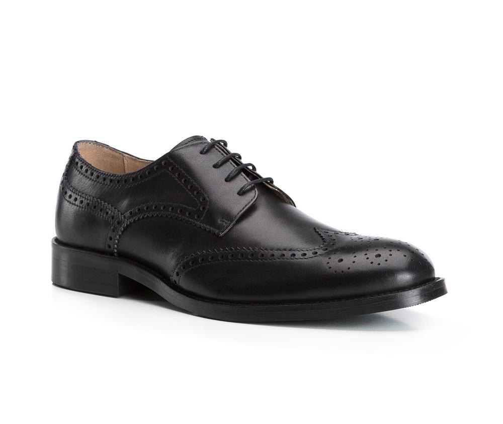 Обувь мужскаяТуфли мужские, выполнены по технологии Hand Made из натуральной итальянской кожи наивысшего качества.  Подошва сделана из качественного синтетического материала. Изысканная отделка  придаст неповторимый характер каждому образу. натуральная кожа  натуральная кожа синтетический материал<br><br>секс: мужчина<br>Цвет: черный<br>Размер EU: 41<br>материал:: Натуральная кожа<br>примерная высота каблука (см):: 3