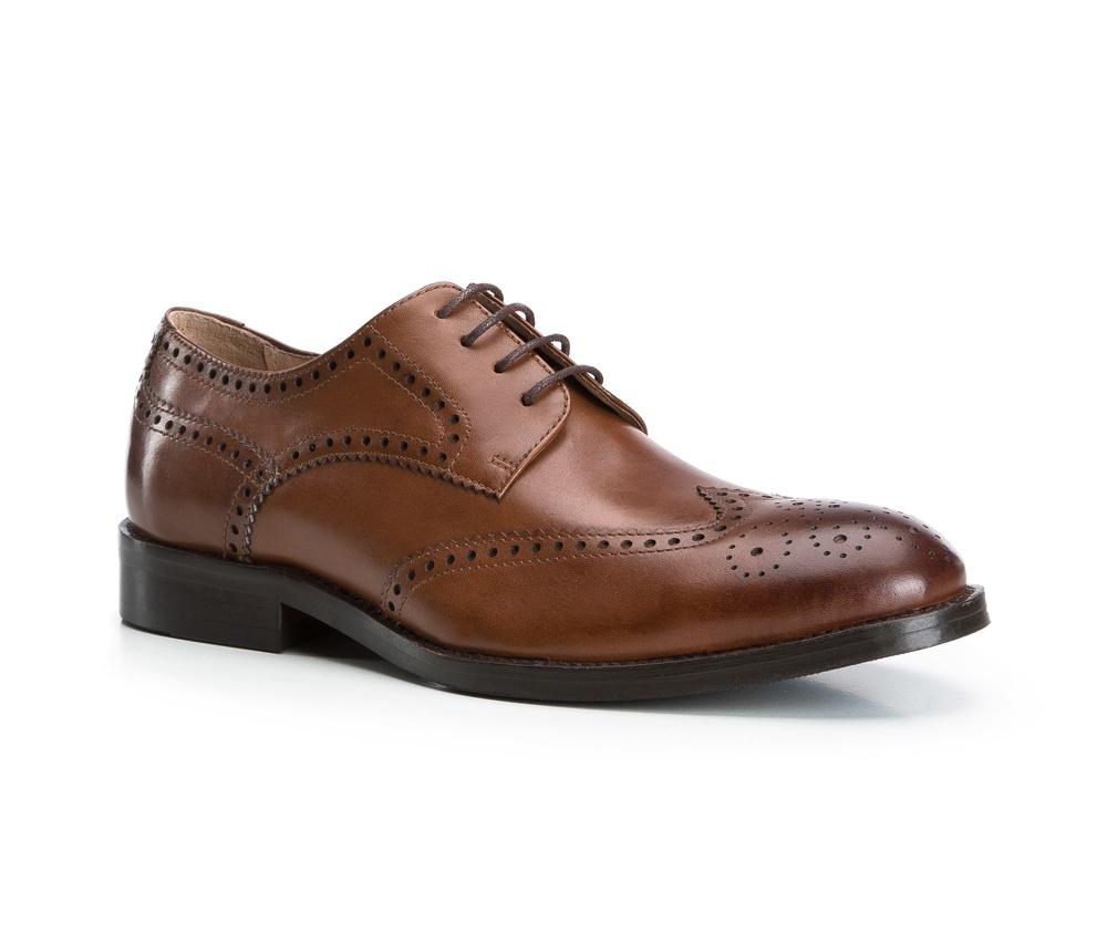Обувь мужскаяТуфли мужские, выполнены по технологии Hand Made из натуральной итальянской кожи наивысшего качества.  Подошва сделана из качественного синтетического материала. Изысканная отделка  придаст неповторимый характер каждому образу. натуральная кожа  натуральная кожа синтетический материал<br><br>секс: мужчина<br>Цвет: коричневый<br>Размер EU: 41<br>материал:: Натуральная кожа<br>примерная высота каблука (см):: 3