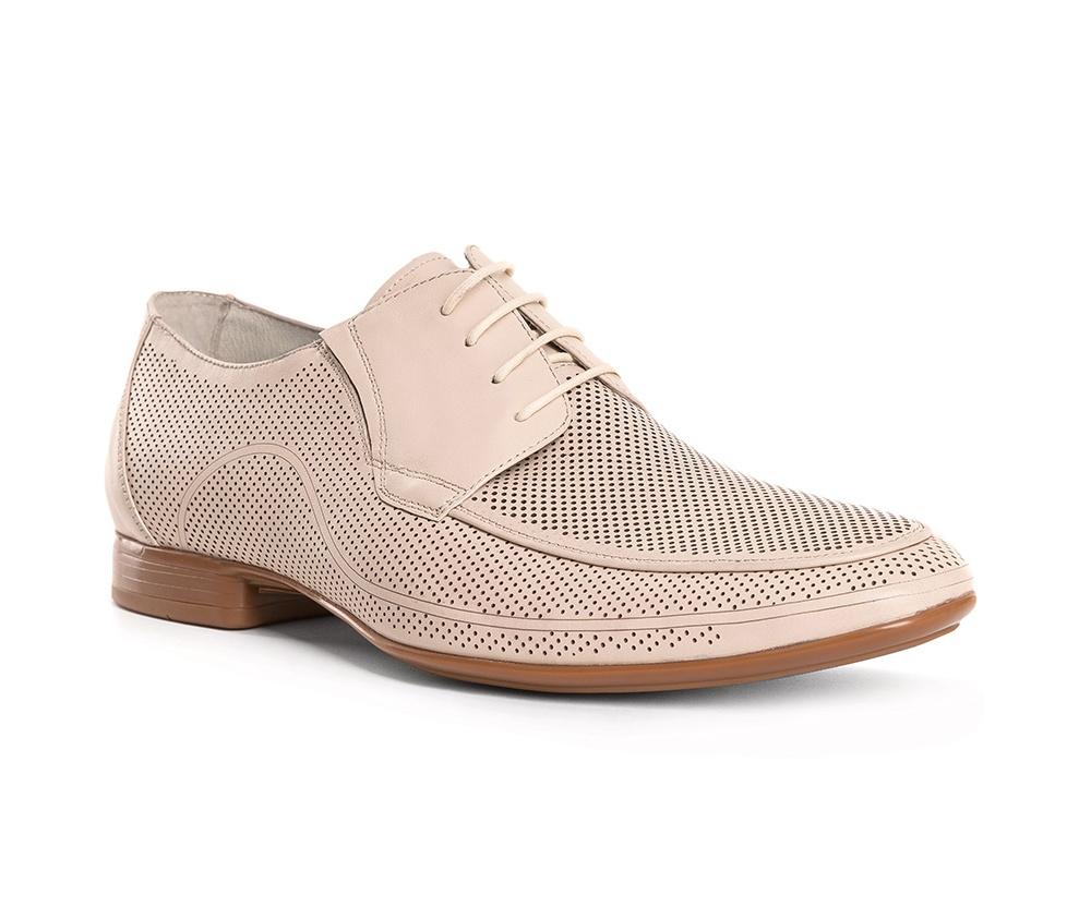 Обувь мужскаяТуфли мужские типа Дерби. Изготовленные по технологии Hand Made и выполнены полностью из натуральной итальянской кожи наивысшего качества. Подошва полностью сделана из качественного синтетического материала. Эта модель идеально подходит для тех кому нравится классика и функциональность.<br><br>секс: мужчина<br>Цвет: бежевый<br>Размер EU: 43<br>материал:: Натуральная кожа<br>примерная высота каблука (см):: 2