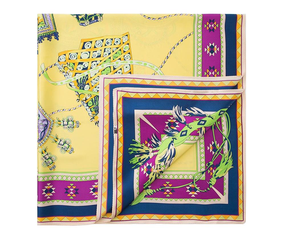 Платок женскийШелковый платок для женщин, сделан чрезвычайно трудоемкой техникой прокатки края. Имеет знак качества материала KING SILK. Яркий, модный, шелковый шарф к тому же очень приятный на ощупь. Такой шарф никогда не будет лишним в гардеробе и придаст образу совершенно новый вид. Он идеально подойдет для стильной леди.<br><br>секс: женщина<br>Цвет: желтый<br>материал:: Шелк