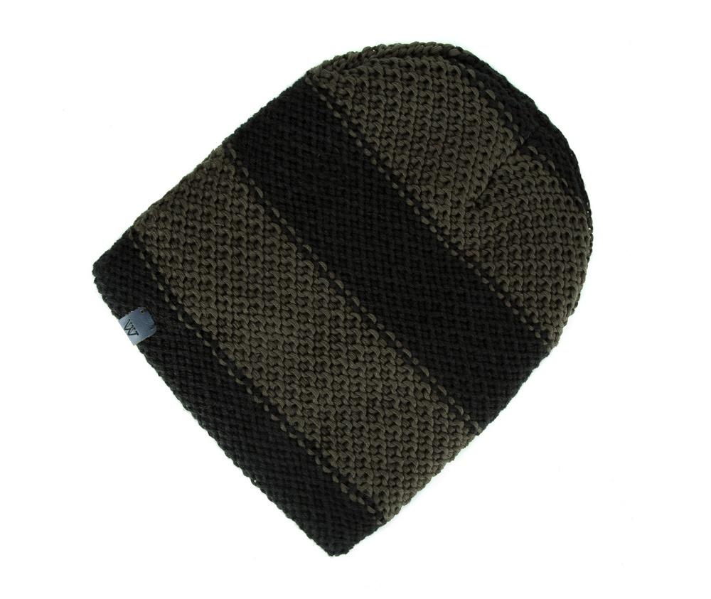 Шапка мужскаяШапка для мужчин сделанная из высококачественных материалов. Благодаря подкладке флис идеально подходит для холодных дней. Эта модель идеально подходит для тех кому нравится классика и функциональность.<br><br>секс: мужчина<br>Цвет: зеленый<br>материал:: Акрил