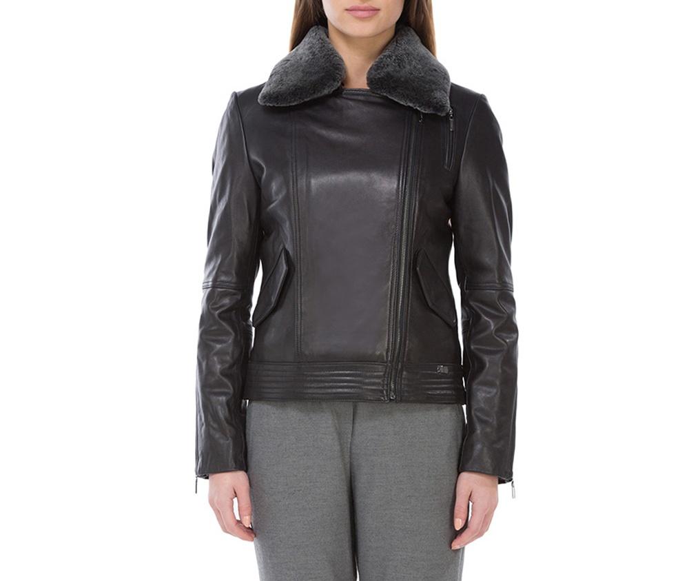 Куртка женскаяЖенская куртка выполнена из высококачественной мягкой натуральной кожи. Модель застегивается на молнию, отделка отложным воротником из  овчины. Дополнительно 2 внешних кармана  на кнопоках и молнии на руковах для регулирования ширины. Модель сочетает в себе комфорт и элегантность.<br><br>секс: женщина<br>Цвет: черный<br>Размер INT: L<br>материал:: Натуральная кожа<br>подкладка:: полиэстер<br>примерная общая длина (см):: 58