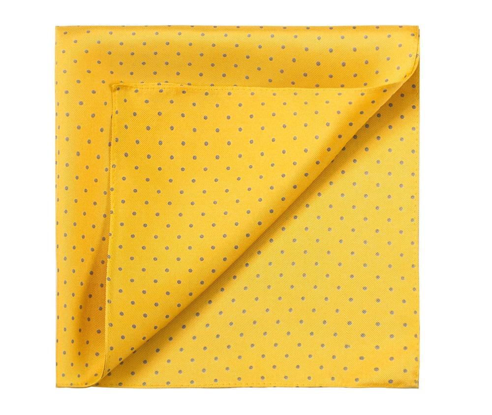 ПлатокПлаток-паше  выполнен из шелка,  Модель сочетает четыре различных узора, что  является очень функциональным решением, позволяющим свободно сочетать платок с различными образами.<br><br>секс: мужчина<br>Цвет: желтый<br>материал:: Шелк<br>высота (см):: 36<br>ширина (см):: 36