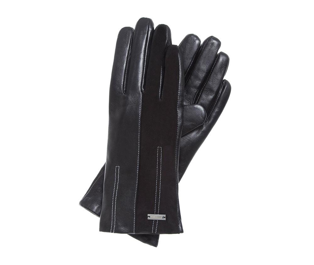 Перчатки женские Wittchen 39-6-556-1, черныйЭлегантные, женские утепленные перчатки выполнены из высококачественной натуральной кожи. Перчатки идеально  ложатся по руке, благодаря вшитой изнутри эластичной резинке. Модель имеет уникальный дизайн с акцентом в виде  асимметричной отстрочки. Благодаря сочетанию двух натуральных материалов: кожи и замши, классический фасон перчаток приобретает нотку современного стиля.<br><br>секс: женщина<br>Цвет: черный<br>Размер INT: S<br>вид:: утепленные<br>материал:: Натуральная кожа<br>подкладка:: polar