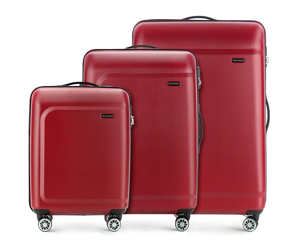 Комплект чемодановКомплект чемоданов из коллекции TP-Power изготовлен из термопластичного полимера - инновационного материала, который характеризуется высокой прочностью.Имеет четыре поворотных колеса,подножку для стабилности, телескопическую ручку и дополнительную ручку, облегчающие перемещение багажа. В состав комплекта входят: Маленький чемодан на колесах 56-3H-511 средний, чемодан на колесах 56-3H-512, большой чемодан на колесиках 56-3H-513. Внутри: - основное отделение на молнии с регулируемыми ремнями, которые предохраняют одежду от перемещения; - карман -сетка на молнии; - два кармана на молнии.<br><br>секс: унисекс<br>материал:: Полимер<br>подкладка:: полиэстер<br>высота (см):: 54 - 67 - 77<br>ширина (см):: 39 - 45 - 51<br>глубина (см):: 19 - 26 - 29<br>размер:: комплект<br>вес (кг):: 2,6 - 3,4 - 4,7<br>объем (л):: 31 - 62 - 91<br>Комплекты: так