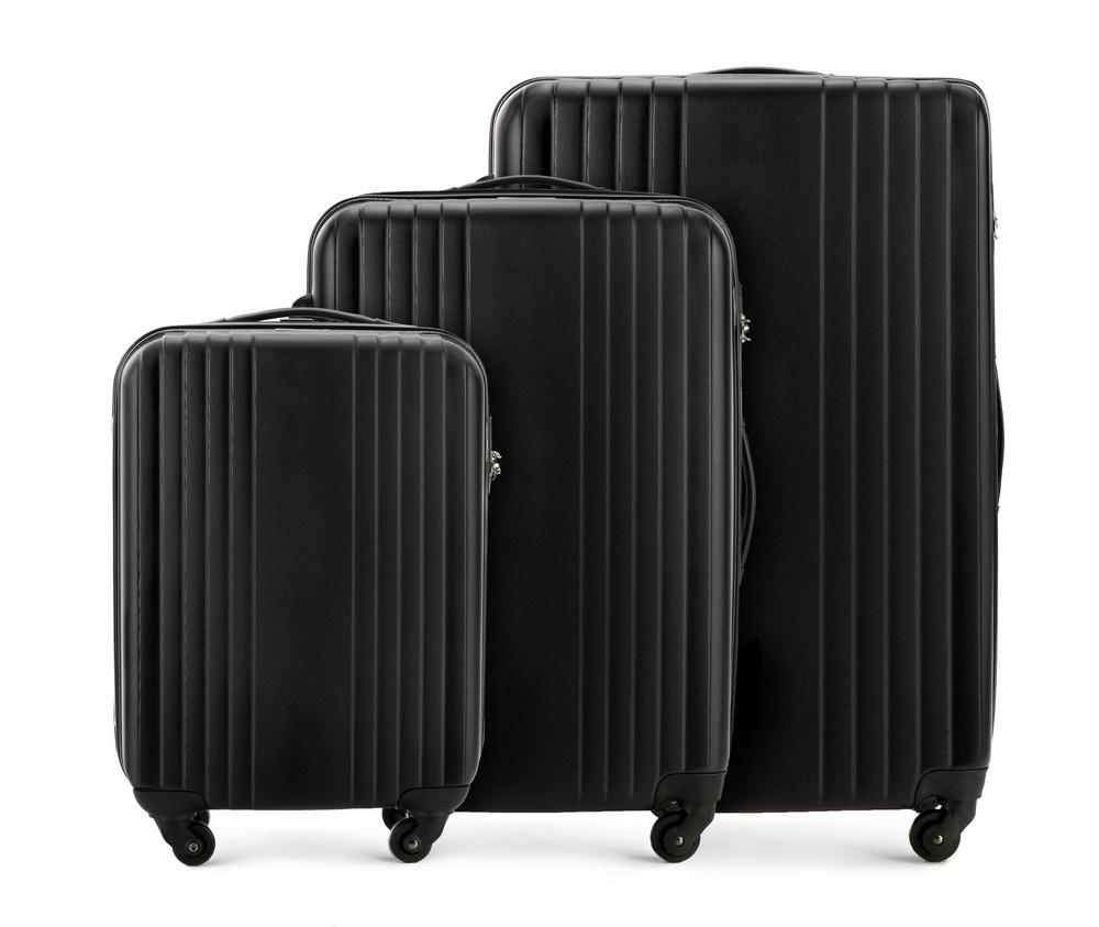 Комплект чемодановКомплект чемоданов из коллекции Hardy Line, сделан из ударопрочного поликарбоната. Чемодан имеет 4 двойных колесика, двухступенчатую выдвижную алюминиевую ручку и две резиновые ручки: сверху и сбоку. Современный и оригинальный дизайн чемодана подчеркивает красная нить вплетенная в молнию. Чемодан имеет двойную молнию, функцию  \AntiTheft\, благодаря которой чемодан устойчив к нежелательному открытию острым предметом, кодовый замок с функцией TSA. Внутри: два отделения для одежды, один отдел фиксируется ремнями на застежку и второй закрывается на молнию; 2 сетчатых кармана на молнии. Дополнительно: Набор включает в себя: маленький чемодан Cabin Size V25-10-921-55 (19 - 24 - 28см) средний чемодан V25-10-922-55(38 - 46 - 53см), большой чемодан V25-10-923-55 (54 - 66 - 77см). Размеры также включают выступы, такие как ручки или колеса.<br><br>секс: унисекс<br>Цвет: черный<br>Комплекты: так