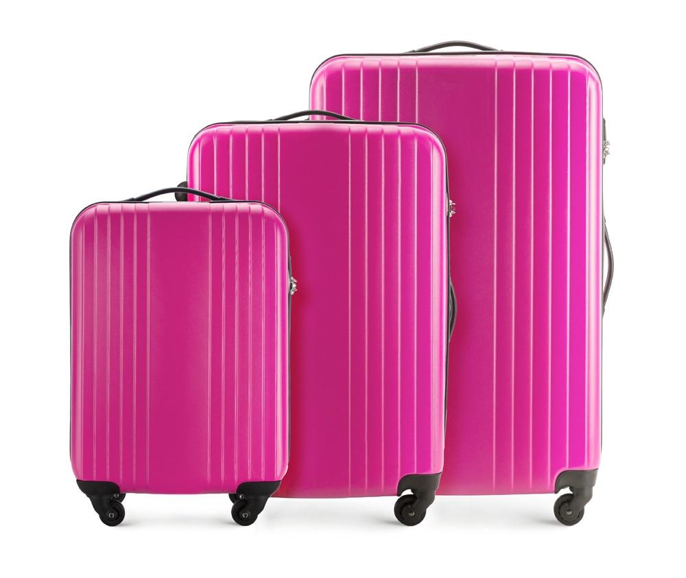 Комплект чемодановКомплект чемоданов из коллекции Hardy Line, сделан из ударопрочного поликарбоната. Чемодан имеет 4 двойных колесика, двухступенчатую выдвижную алюминиевую ручку и две резиновые ручки: сверху и сбоку. Современный и оригинальный дизайн чемодана подчеркивает красная нить вплетенная в молнию. Чемодан имеет двойную молнию, функцию  \AntiTheft\, благодаря которой чемодан устойчив к нежелательному открытию острым предметом, кодовый замок с функцией TSA. Внутри: два отделения для одежды, один отдел фиксируется ремнями на застежку и второй закрывается на молнию; 2 сетчатых кармана на молнии.<br><br>секс: унисекс<br>Цвет: розовый<br>материал:: Поликарбонат<br>высота (см):: 54 - 66 - 77<br>ширина (см):: 38 - 46 - 53<br>глубина (см):: 19 - 24 - 28<br>объем (л):: 29 - 55 - 90<br>вес (кг):: 2.2 - 2.9 - 3.4<br>Комплекты: так