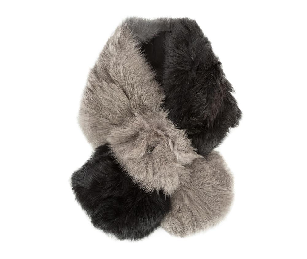 Шарф женскийРоскошный шарф из натурального кроличьего меха. Невероятно нежный на ощупь шарф  придаст каждой женщине чувством комфорта в холодную погоду.<br><br>секс: женщина<br>Цвет: черный<br>материал:: Мех шерстяной<br>высота (см):: 16