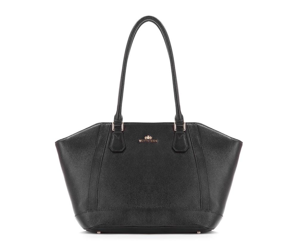 Женская сумкаЖенская сумка из коллекции Elegance&#13;<br>Основной отдел застегивается на молнию. Внутри двакармана на молнии, открытый карман для мелких предметов и отделение для мобильного телефона. Дно сумки защищено металлическими ножками.<br><br>секс: женщина<br>Цвет: черный<br>вмещает формат А4: поместит формат А4<br>материал:: Натуральная кожа<br>высота (см):: 23 - 27<br>ширина (см):: 32 - 47<br>глубина (см):: 14<br>общая высота (см):: 54<br>длина ручки/ек (см):: 66