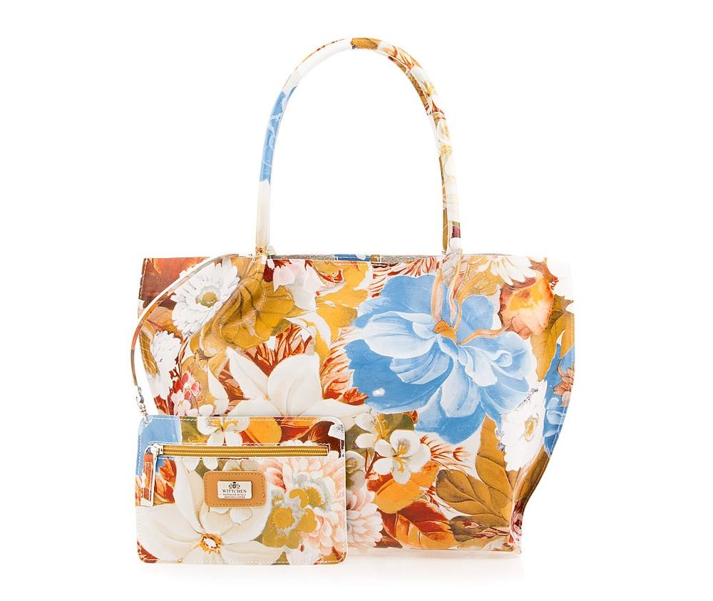 Кожаная сумкаСумка из коллекции Elegance. Основное отделение закрывается на магнитную застежку. низ сумки защищен металлическими ножками. Дополнительно съемная косметичка с размерами 13,5 см x 20 см.<br><br>секс: женщина<br>Цвет: голубой<br>материал:: Натуральная кожа<br>тип:: через плечо<br>высота (см):: 30<br>ширина (см):: 33 - 43<br>глубина (см):: 14<br>вмещает формат А4: да<br>общая высота (см):: 52<br>вес (кг):: 0,5