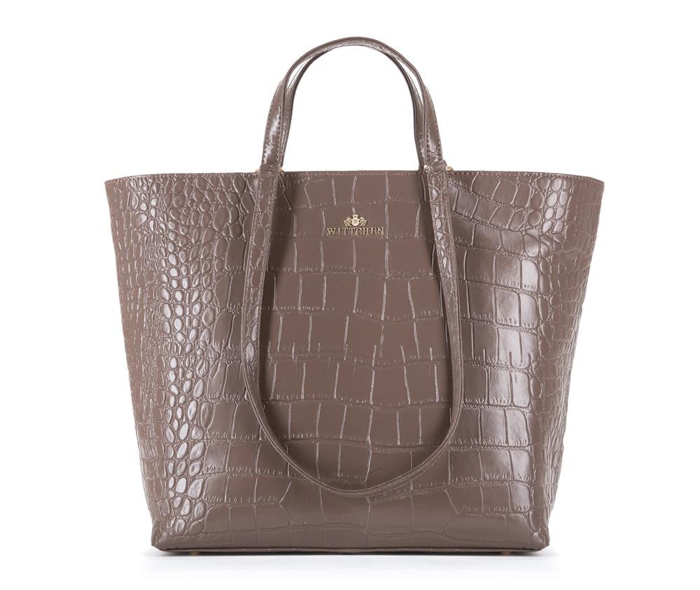 Женская сумкаЖенская сумка из коллекции Elegance&#13;<br>Три основных отдела застегивается на молнию.Внутри одного отделениякарман на молнии, открытый карман для мелких предметов и отделение для мобильного телефона.Дно сумки защищено металлическими ножками.<br><br>секс: женщина<br>Цвет: бежевый<br>вмещает формат А4: Поместит формат А4<br>материал:: Натуральная кожа<br>высота (см):: 32<br>ширина (см):: 45 - 31<br>глубина (см):: 14<br>общая высота (см):: 55<br>длина ручки/ек (см):: 30 - 64