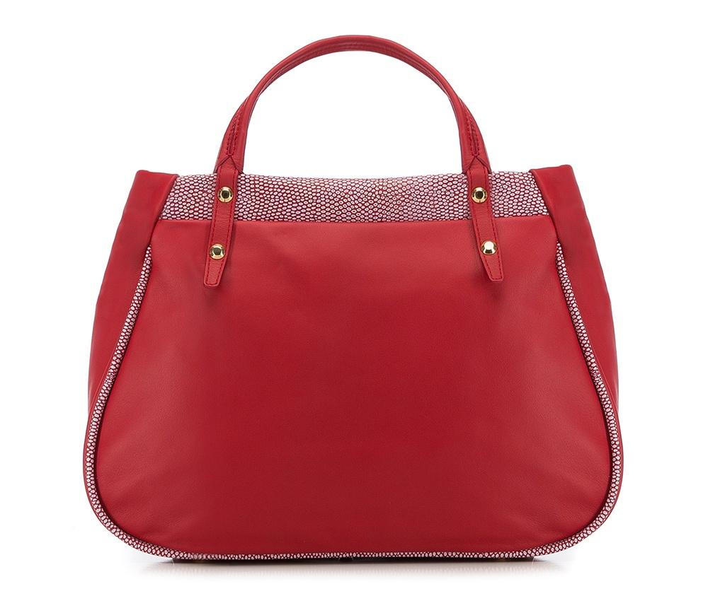 Женская сумкаЖенская сумка из коллекции Elegance 2016&#13;<br>Основное  отделение  на молнии. Внутри сумки отделение на молнии, открытый карман для мелких  предметов и отделение для мобильного телефона. Дно сумки защищено  металлическими ножками. Дополнительно съемный плечевой ремень с  регулируемой длиной.<br><br>секс: женщина<br>материал:: натуральная кожа<br>высота (см):: 28<br>ширина (см):: 38 - 41<br>глубина (см):: 15<br>общая высота (см):: 38