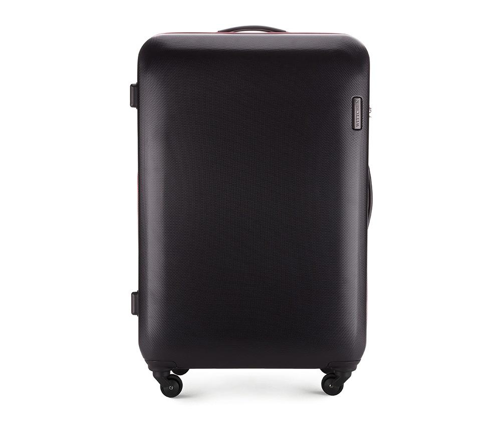 Чемодан на колёсиках 28\\Большой чемодан из коллекции ABS S-Line, сделан из высокопрочного и устойчивого к царапинам пластика ABS. Выдвижная ручка, главное отделение на молнии с кодовым замком TSA, разделённое на две части: одно отделение с фиксирующими ремнями для одежды, второе отделение закрывается на молнию, внутренний карман на молнии.<br><br>секс: унисекс<br>Цвет: черный<br>материал:: ABS пластик<br>высота (см):: 81<br>ширина (см):: 54<br>глубина (см):: 28<br>вес (кг):: 4.5<br>объем (л):: 94