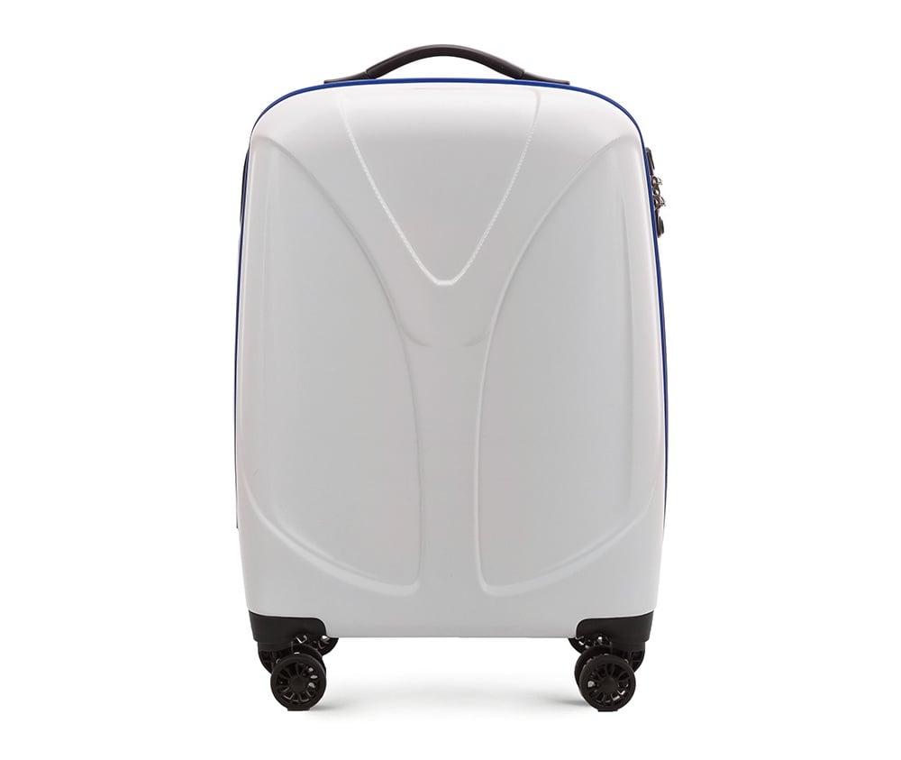 Чемодан на колёсиках 20\\Маленький чемодан размеров из коллекции  V-Line, сделан из прочного      материала - поликарбонат. Оснащен четырьмя колесами,     телескопической  ручкой, эластичной резиновой ручкой для   ношения в   руке и замоком TSA.&#13;<br>&#13;<br>Внутри : &#13;<br>- отделение с эластичными  ремнями, предохраняющими одежду от перемещения;  &#13;<br>- отделение на молнии;   &#13;<br>- карман на молнии.<br><br>секс: унисекс<br>Цвет: белый<br>подкладка:: полиэстр<br>высота (см):: 56<br>ширина (см):: 38<br>глубина (см):: 20,5<br>размер:: ma?a<br>объем (л):: 34<br>вес (кг):: 2,4