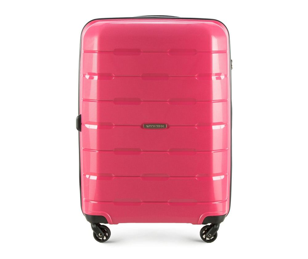 Чемодан на колесиках 24 дюймаСредний чемодан из коллекции Speedster из полипропилена. Имеет четыре колесика, облегчающие управление, телескопическую алюминиевую и  2 дополнительные прорезиненные  ручки.  Привлекательный дизайн и функциональность чемодана понравится каждому любителю путешествий. Дополнительно замоком TSA, который очень удобен и гарантирует безопасное открытие чемоданов и его повторное закрытие без повреждений замка сотрудниками таможни.   Особенности модели:  основное отделение с эластичными ремнями, предохраняющими одежду от перемещения;  отделение на молнии;  2 кармана на молнии, , 1 из которых карман - сетка.<br><br>секс: женщина<br>Цвет: розовый<br>материал:: Полипропилен<br>подкладка:: полиэстер<br>высота (см):: 68<br>ширина (см):: 46<br>глубина (см):: 26<br>размер:: средний<br>объем (л):: 61<br>вес (кг):: 3,6