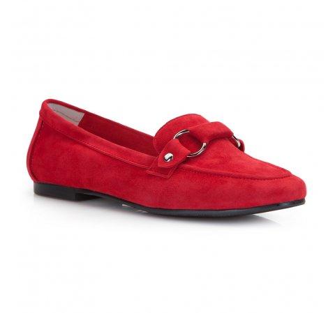 Czerwone mokasyny