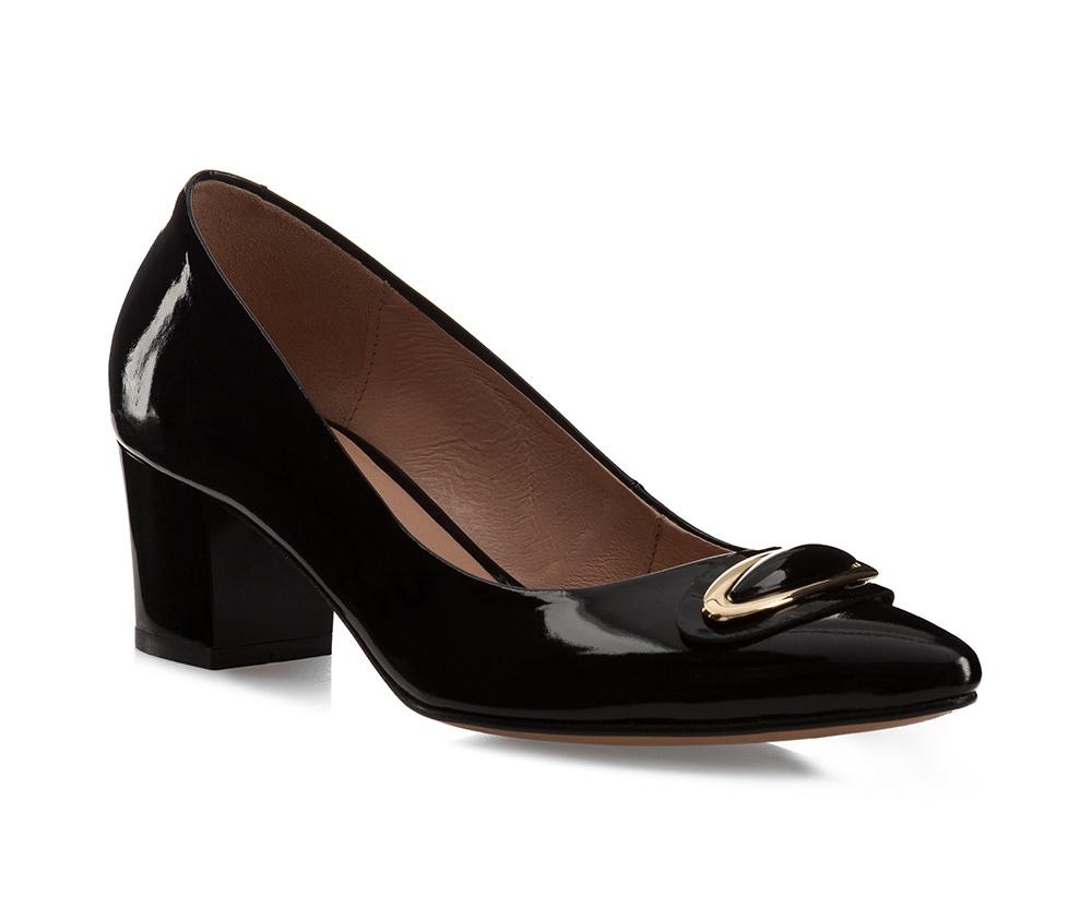 Обувь женская Wittchen 85-D-201-1, черныйТуфли женские, изготовленные по технологии \\\hand made\\\ выполнены из натуральной итальянской кожи наивысшего качества.  Подошва полностью сделана из качественного синтетического материала.<br><br>секс: женщина<br>Цвет: черный<br>Размер EU: 38<br>материал:: Натуральная кожа<br>примерная высота каблука (см):: 6