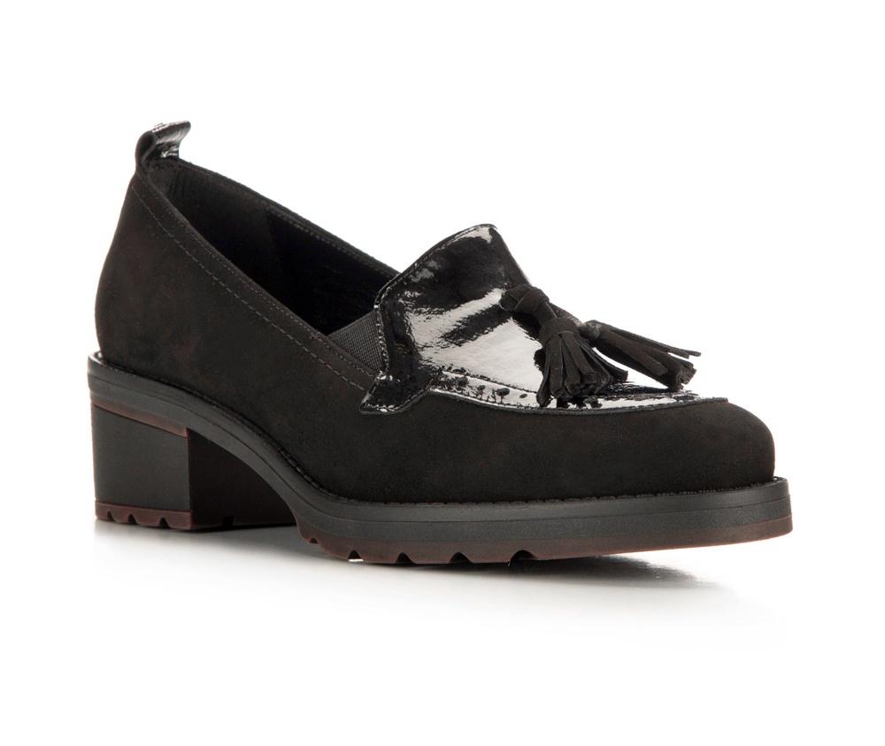 Обувь женскаяБотинки женские, изготовленные по технологии \hand made\ выполнены из натуральной итальянской кожи наивысшего качества.  Подошва полностью сделана из качественного синтетического материала.<br><br>секс: женщина<br>Цвет: черный<br>Размер EU: 37<br>материал:: Натуральная кожа<br>примерная высота каблука (см):: 4,5
