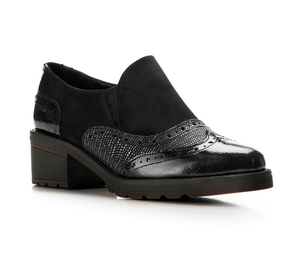 Обувь женскаяБотинки женские, изготовленные по технологии \hand made\ выполнены из натуральной итальянской кожи наивысшего качества.  Подошва полностью сделана из качественного синтетического материала.<br><br>секс: женщина<br>Цвет: черный<br>Размер EU: 40<br>материал:: Натуральная кожа<br>примерная высота каблука (см):: 4,5