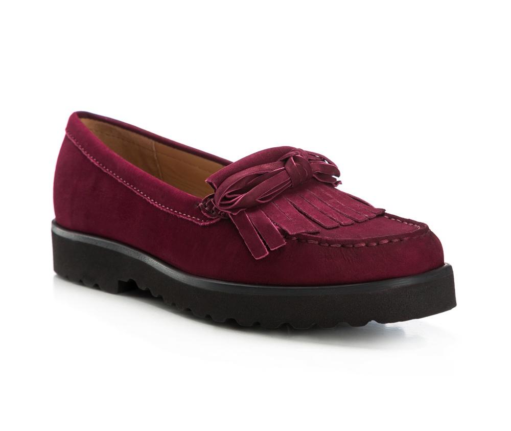 Обувь женскаяЖенские мокасины выполнены по технологии \hand made\ из лучшей итальянской кожи наивысшего качества. наивысшего качества.  Подошва полностью сделана из качественного синтетического материала.<br><br>секс: женщина<br>Цвет: красный<br>Размер EU: 35<br>материал:: Натуральная кожа<br>примерная высота каблука (см):: 3