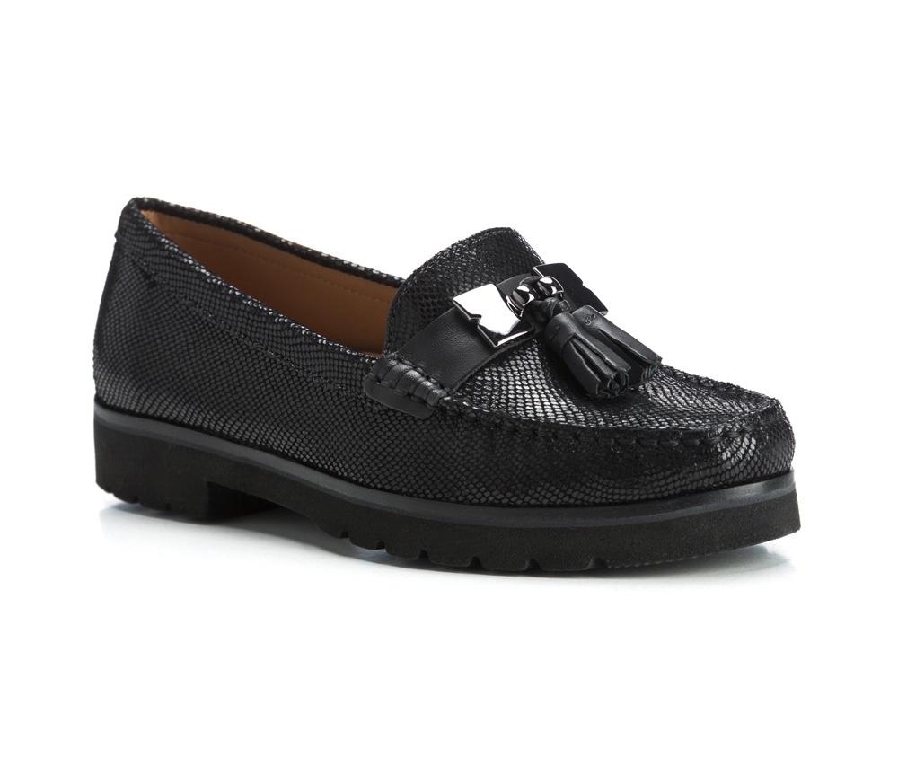 Обувь женскаяЖенские мокасины выполнены по технологии \hand made\ из лучшей итальянской кожи наивысшего качества. наивысшего качества.  Подошва полностью сделана из качественного синтетического материала.<br><br>секс: женщина<br>Цвет: черный<br>Размер EU: 40<br>материал:: Натуральная кожа<br>примерная высота каблука (см):: 3