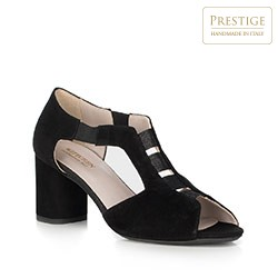 Sandały na słupku zamszowe z wycięciami, czarny, 90-D-650-1-37, Zdjęcie 1