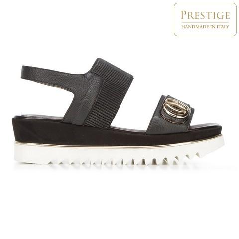 Sandály na platformě/flatformě