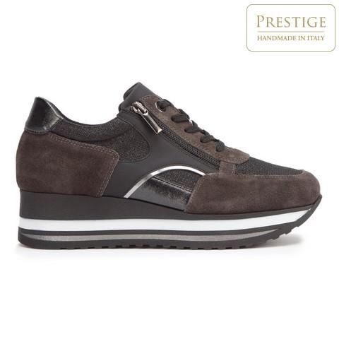Damskie sneakersy zamszowe z suwakiem, brązowy, 93-D-651-8-38, Zdjęcie 1