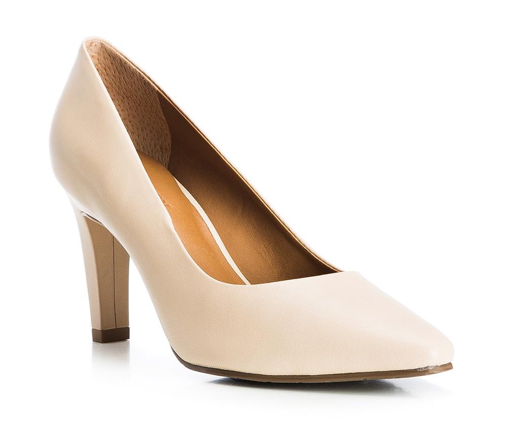 Обувь женскаяТуфли женские класcические.Изготовленные по технологии \Hand Made\ и выполнены полностью из натуральной итальянской кожи наивысшего качества. Подошва сделана из качественного синтетического материала. Сочетание классических высоких каблуков каждый раз по разному создает уникальный и модный  образ.<br><br>секс: женщина<br>Цвет: бежевый<br>Размер EU: 39<br>материал:: Натуральная кожа<br>примерная высота каблука (см):: 8