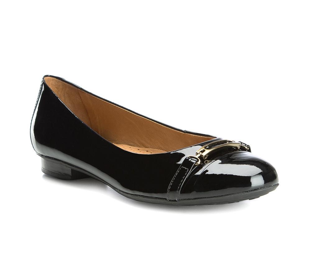 Обувь женскаяБалетки женские, изготовленные по технологии Hand Made и выполнены полностью из натуральной итальянской кожи наивысшего качества. Подошва сделана из качественного синтетического материала. Выразительные украшения и принты, добавляют обуви элегантности которая прийдется по вкусу даже самым требовательным клиенткам.<br><br>секс: женщина<br>Цвет: черный<br>Размер EU: 36<br>материал:: Натуральная кожа<br>примерная высота каблука (см):: 1,5