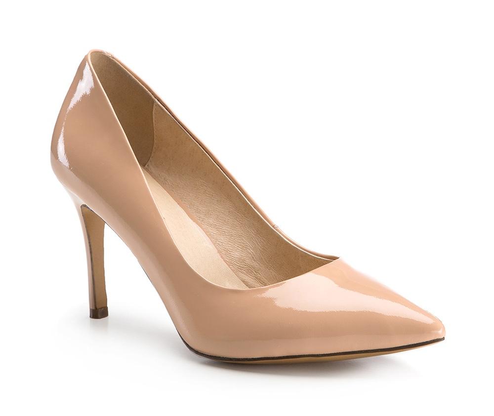 Обувь женскаяТуфли женские класcические. Изготовленные по технологии \Hand Made\ и выполнены полностью из натуральной итальянской кожи наивысшего качества. Подошва сделана из качественного синтетического материала. Сочетание классических высоких каблуков каждый раз по разному создает уникальный и модный  образ.<br><br>секс: женщина<br>Цвет: бежевый<br>Размер EU: 37<br>материал:: Натуральная кожа<br>примерная высота каблука (см):: 9