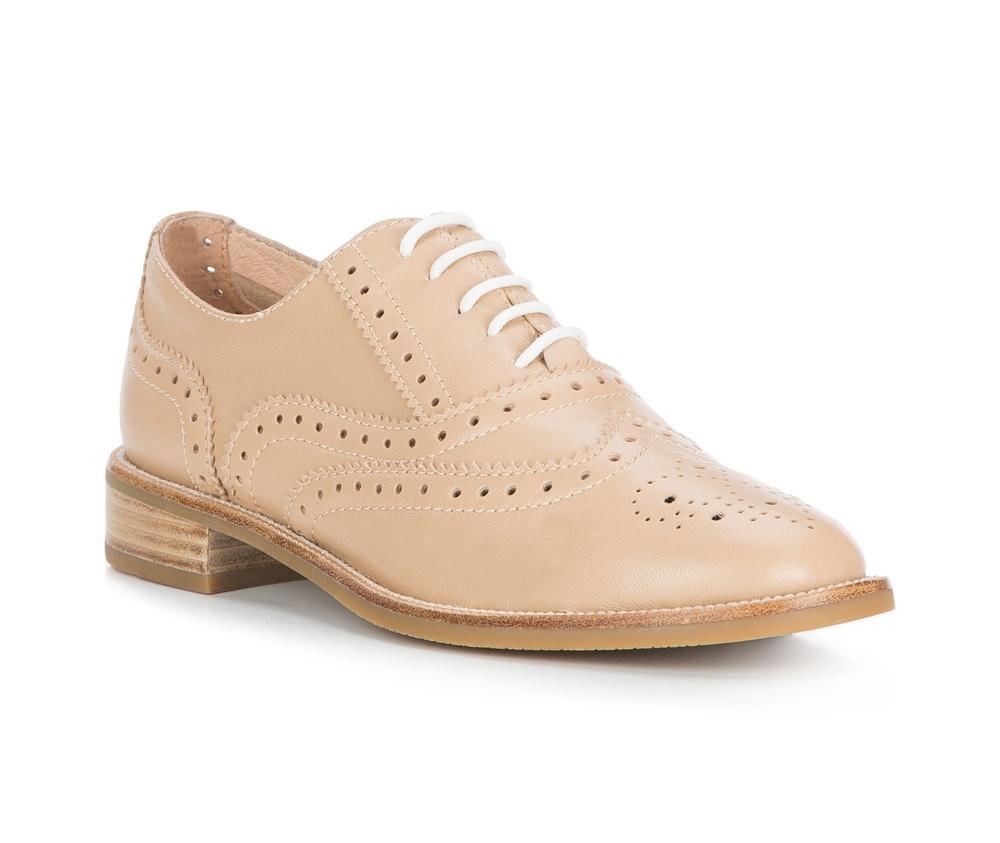 Обувь женская Wittchen 84-D-603-9, бежевыйТуфли женские в городском стиле. Изготовленные по технологии \\\Hand Made\\\ и выполнены полностью из натуральной итальянской кожи наивысшего качества. Подошва сделана из качественного синтетического материала.  Модель является ответом на потребности современных женщин, которые ищут  что-то новое для себя и не боятся экспериментировать с модой.<br><br>секс: женщина<br>Цвет: бежевый<br>Размер EU: 35