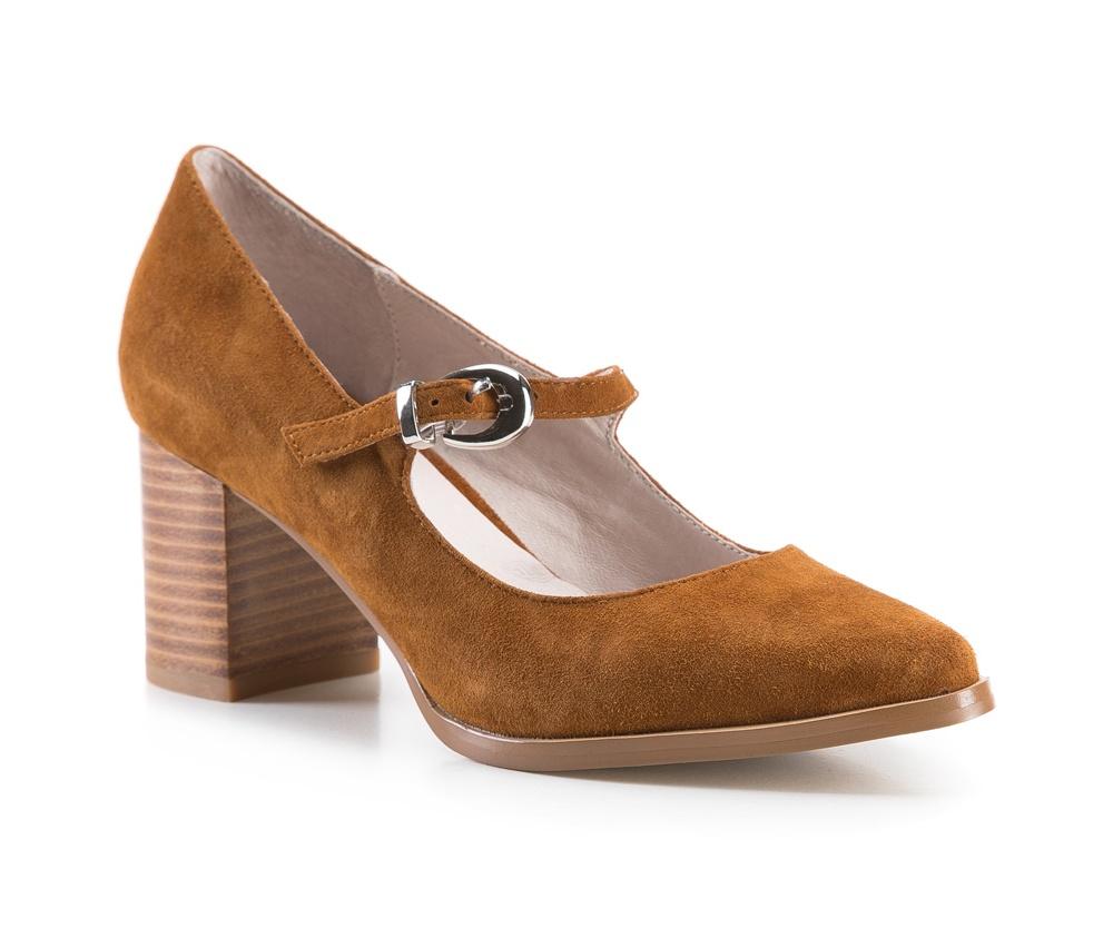 Обувь женскаяЖенские туфли-лодочки, выполнены по технологии Hand Made из натуральной итальянской кожи наивысшего качества. Подошва сделана из качественного синтетического материала. Очень элегантная модель, в которой каждая женщина будет  чувствовать себя особенной. Аккуратный, устойчивый каблук обеспечит комфорт. натуральная кожа  натуральная кожа синтетический материал<br><br>секс: женщина<br>Цвет: коричневый<br>Размер EU: 38<br>материал:: Натуральная кожа<br>примерная высота каблука (см):: 6