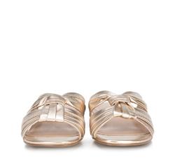 Damskie klapki z marszczonej skóry, złoty, 88-D-257-G-36, Zdjęcie 1