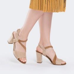 Damskie sandały z miękkiego zamszu, beżowo - brązowy, 88-D-404-9-35, Zdjęcie 1