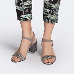 Damskie sandały zamszowe z ażurowym paskiem, szary, 88-D-968-8-41, Zdjęcie 1
