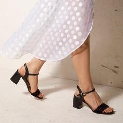 Damskie sandały zamszowe na słupku ażurowe, czarny, 92-D-959-1-40, Zdjęcie 1