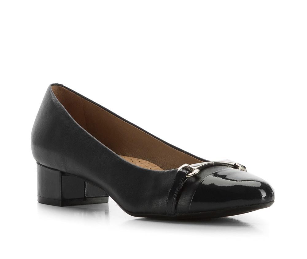 Обувь женскаяЖенские туфли-лодочки выполненны по технологии hand made из лучшей итальянской кожи. Подошва сделана  из синтетического материала. Классическая модель отлично дополненият деловой стиль.       кожа натуральная          кожа натуральная          материал синтетический<br><br>секс: женщина<br>Цвет: черный<br>Размер EU: 37<br>материал:: Натуральная кожа<br>примерная высота каблука (см):: 3,8