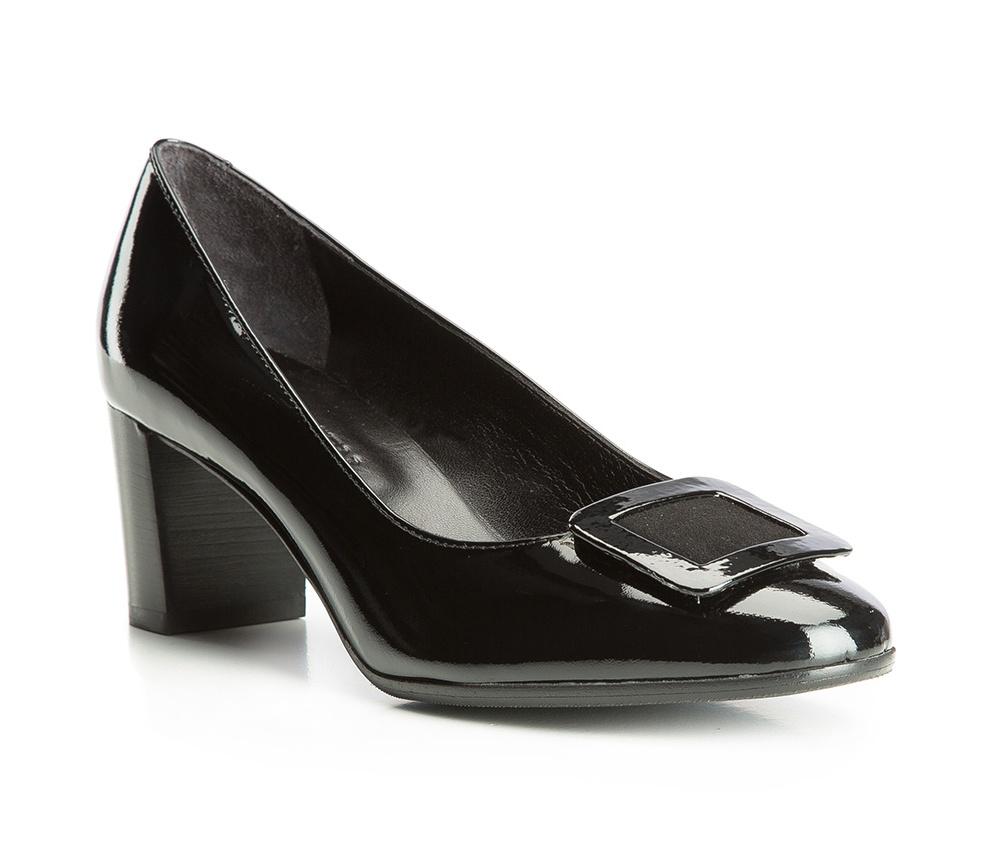Обувь женскаяЖенские туфли-лодочки выполненны по технологии hand made из лучшей итальянской кожи. Подошва сделана  из синтетического материала. Туфли-лодочки являются обязательным элементом женского гардероба, который придаст Вашему стилю элегантности.          кожа натуральная          кожа натуральная          материал синтетический<br><br>секс: женщина<br>Цвет: черный<br>Размер EU: 37.5<br>материал:: Натуральная кожа<br>примерная высота каблука (см):: 6