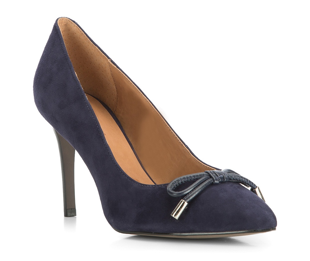 Обувь женскаяЖенские туфли-лодочки выполненны по технологии hand made из лучшей итальянской кожи. Подошва сделана  из синтетического материала. Очень элегантная и женственная модель дополнит вечерний образ.          кожа натуральная          кожа натуральная          материал синтетический<br><br>секс: женщина<br>Цвет: синий<br>Размер EU: 36<br>материал:: Натуральная кожа<br>примерная высота каблука (см):: 9,5