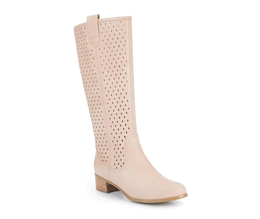 Обувь женскаяСапоги женские, изготовленные по технологии Hand Made и выполнены полностью из натуральной итальянской кожи наивысшего качества. Подошва сделана из качественного синтетического материала. Стильное сочетание материалов и цвета присутствуещее в этой обуви является идеальным элементом женского стиля.<br><br>секс: женщина<br>Цвет: бежевый<br>Размер EU: 36<br>материал:: Натуральная кожа<br>примерная высота каблука (см):: 4<br>примерная высота голенища (см): 36